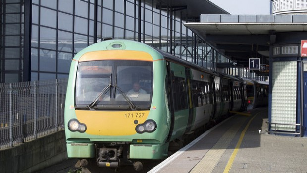Southern rail 'reaches deal to end strikes over driver-only trains'