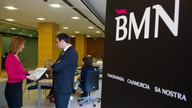 Bmn aprueba su fusi n con bankia bolsaman for Oficinas de bankia en madrid
