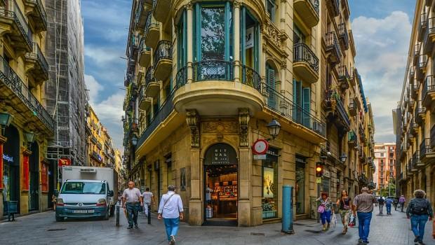 barcelona 1923686 960 720