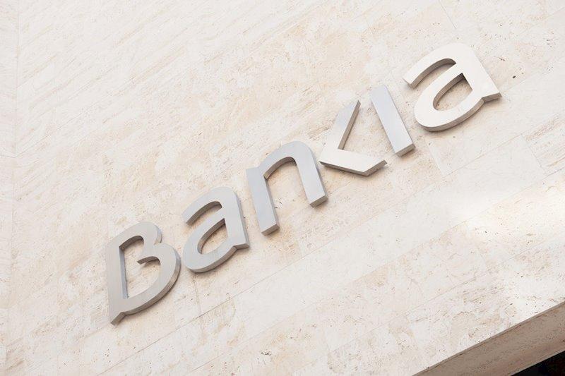 """Bankia cae tras unos resultados """"flojos"""" que """"defraudan"""" por las mayores provisiones"""