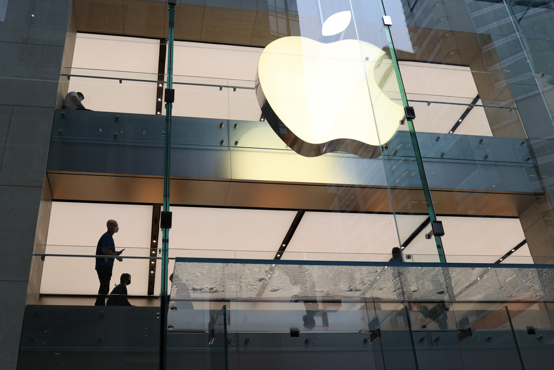 https://img1.s3wfg.com/web/img/images_uploaded/2/4/apple-depasse-les-attentes-de-wall-street-avec-ses-iphones_rsz.jpg