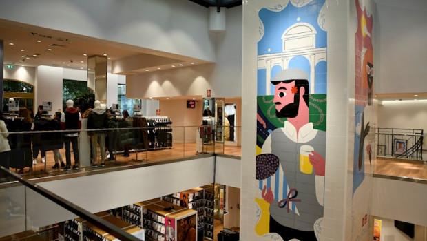 ep interior del comercio uniqlo la cadena japonesa de tiendas de ropa y complementos abre su primera