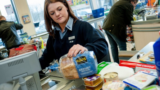 aldi checkout tills discounters prices inflation