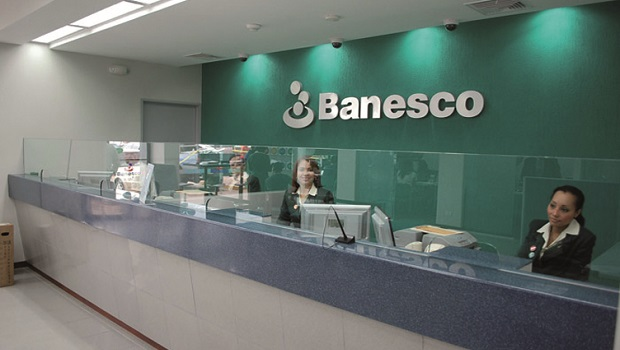 Escotet due o de abanca rechaza la venta de banesco tras for Amadeus madrid oficinas