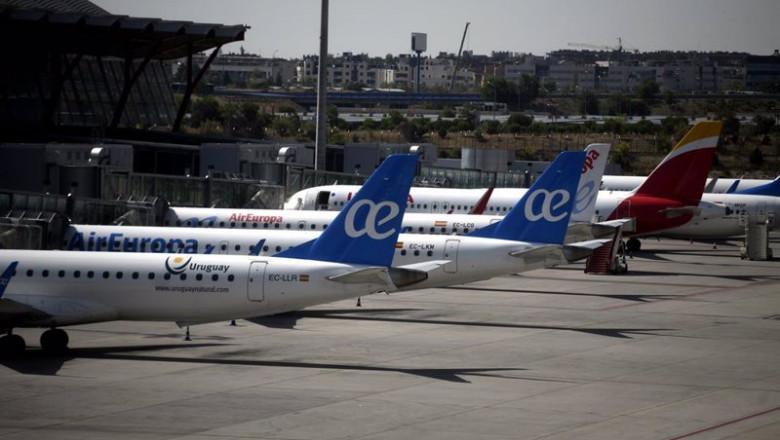 ep archivo - economia- la cnmc congela las tarifas aeroportuarias de aena durante 2021 por el