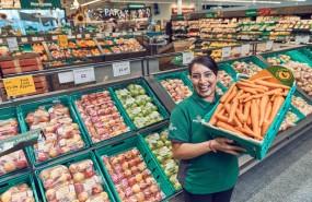 morrison supermarket grocer vegetable fruit