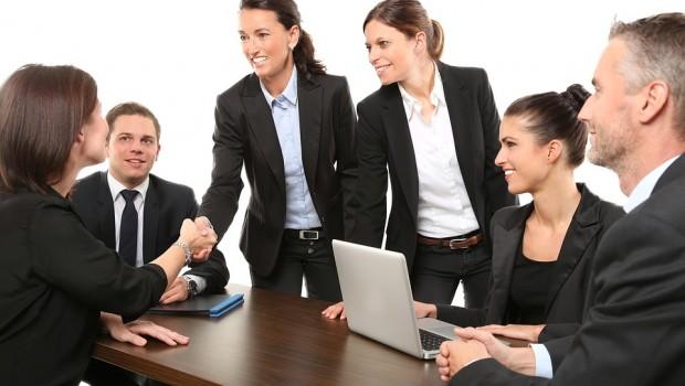 mujeres trabajadoras empleo reunion