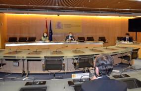 ep archivo - la ministra de industria comercio y turismo reyes maroto y el titular de agricultura