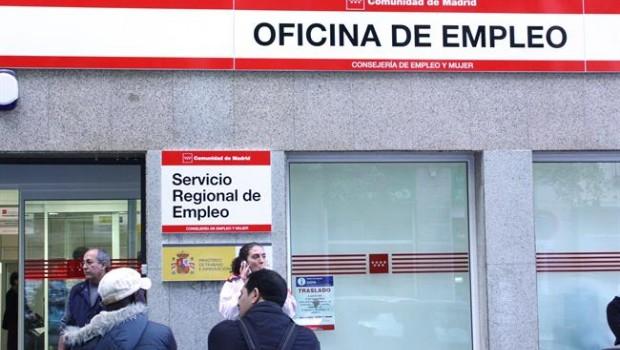 El paro sube en personas en enero tras el fin de for Numero de la oficina del inem