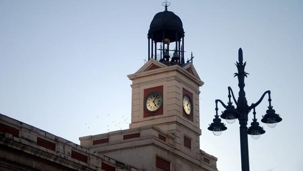 El reloj de la puerta del sol cumple 150 a os y lo celebra for El reloj de la puerta del sol