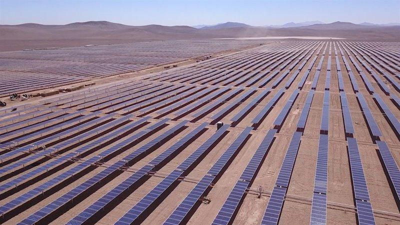 https://img1.s3wfg.com/web/img/images_uploaded/7/1/ep_planta_fotovoltaica_de_acciona_en_chile.jpg