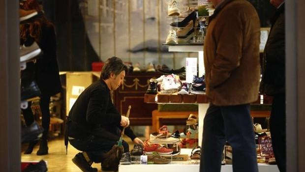ep consumo trabajador autonomo paro empleo epa zapatos tienda