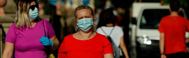 paseo desecalada mujer mascarilla coronavirus portada