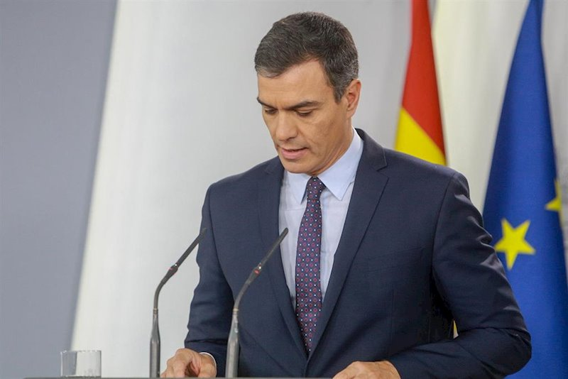 Pedro Sánchez ignora a Torra y le pide que condene la violencia