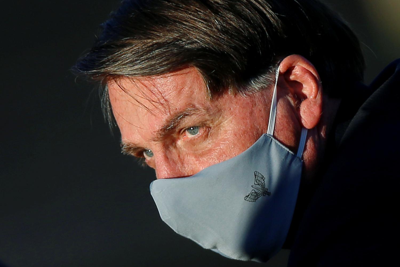 le president bresilien jair bolsonaro positif au coronavirus
