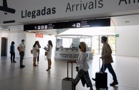 ep pasajeros en el aeropuerto internacional de la region de murcia airm