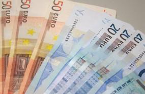 ep archivo - imagen de archivo de billetes de 50 y 20 euros