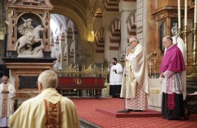 ep obispola misa conmemorativala dedicacionla catedral