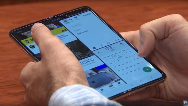 ep multitarea en el movil plegable galaxy fold de samsung