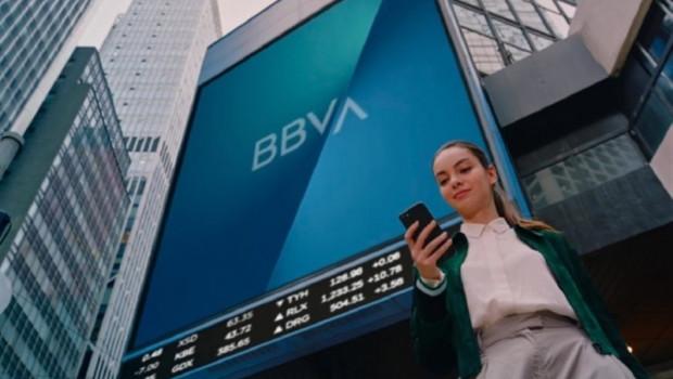 ep economiafinanzas- bbva actualizanueva marca1000 edificiostodomundo