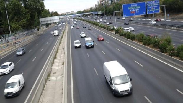 El Gobierno destroza al sector del automóvil: las matriculaciones caen un 3,5%