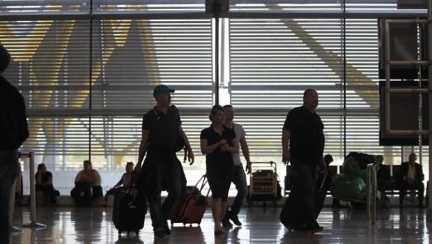 ep aeropuertobarajas turismo turistas viajeros viajes avion aena