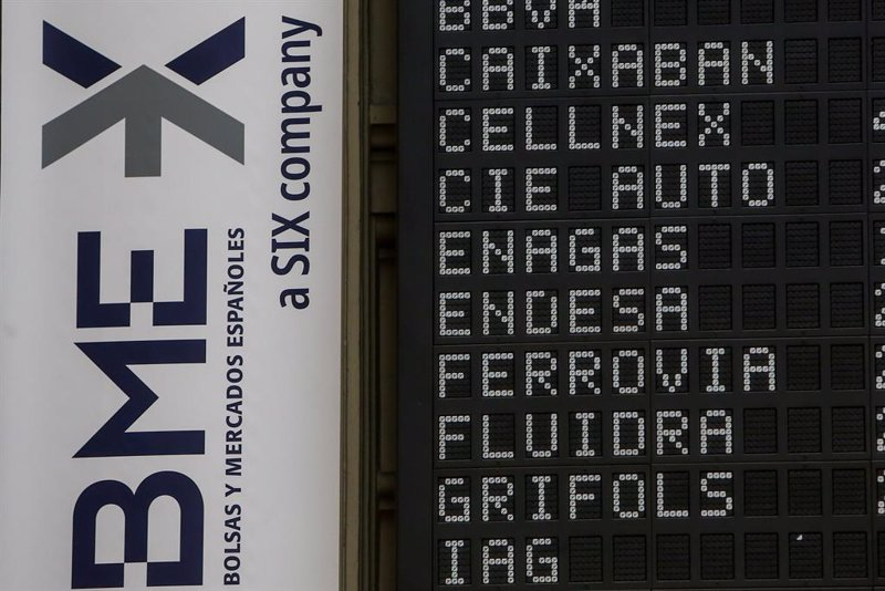 El Ibex sube por encima de un 1% con IAG, Endesa e Iberdrola en lo más alto