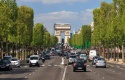 2002706_pollution-les-vieilles-voitures-ne-seront-pas-verbalisees-immediatement-a-paris-web-021982595973-700x373