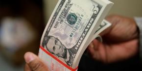 coty-se-restructure-et-deprecie-3-milliards-de-dollars-d-actifs-le-titre-chute